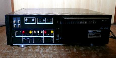 EDV-9000 背面