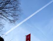 見事な飛行機雲